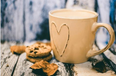 コーヒーのマグカップ