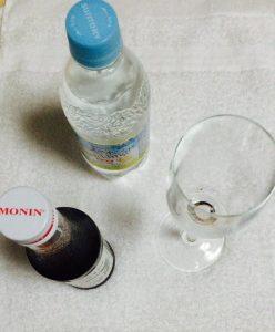 モナンシロップと炭酸水
