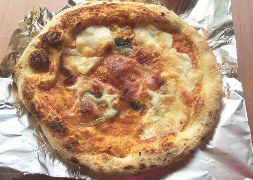 カルディオリジナルのピッツァマルゲリータ