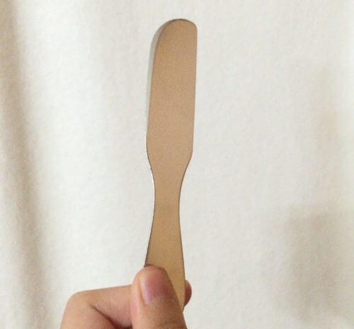 セリアの溶けやすいアルミバターナイフを持ってみた