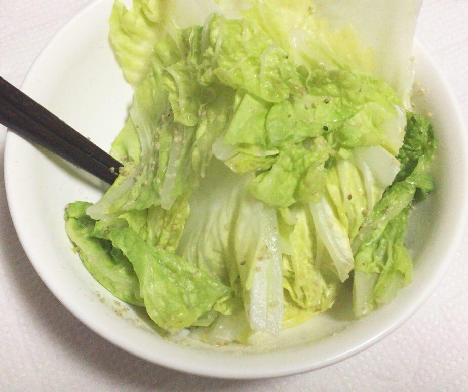 ダイソーの電子レンジ調理器温野菜を使って温野菜サラダを作ってみた