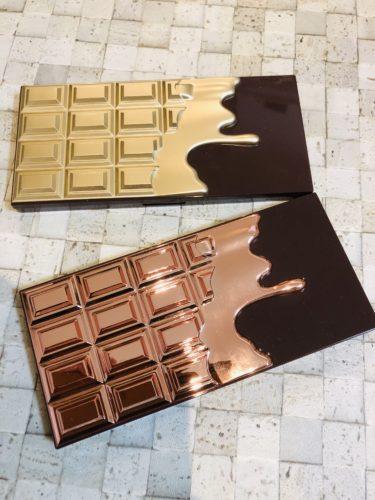 チョコレートタイプのアイシャドウパレット