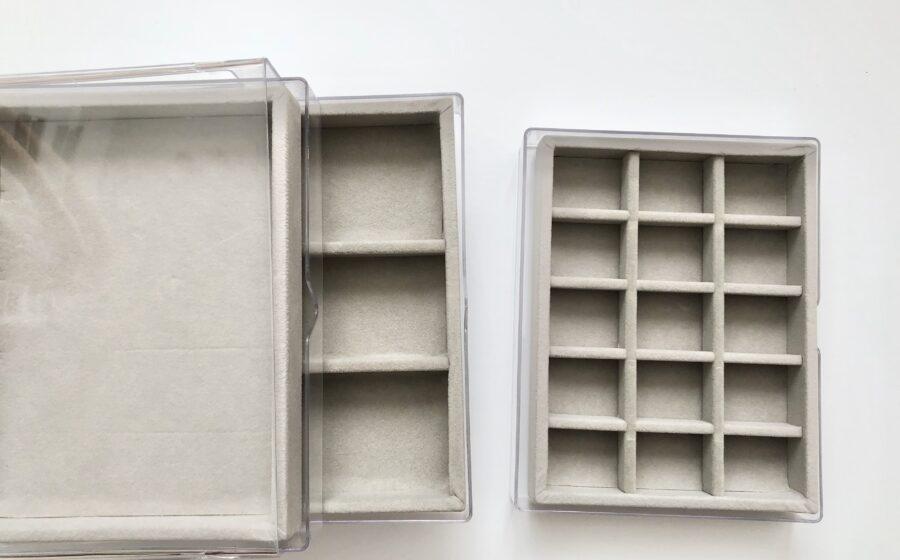 ダイソー透明三段ケース用のベロアケース