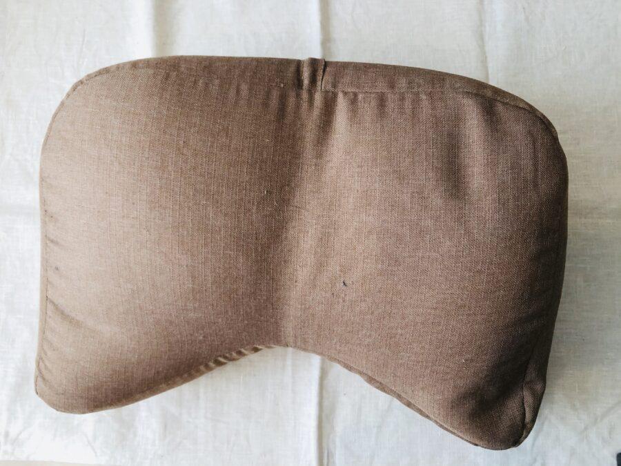 私がしまむらセールで買った枕パッドをクッションに設置